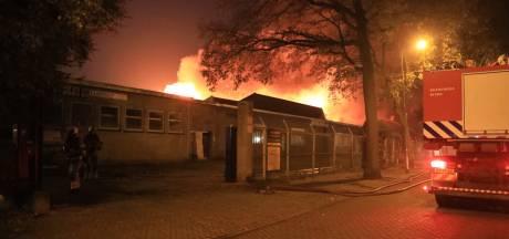 Asbest vrijgekomen bij grote brand fabriekspand Amersfoort