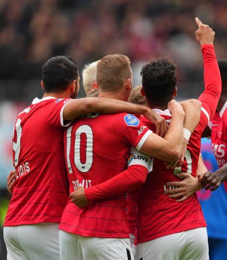 LIVE    FC Utrecht blijft ook na rust stuntelen en AZ blijft dus scoren