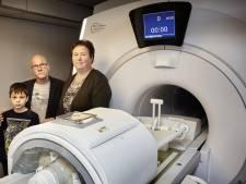 Ouders zamelen één miljoen in voor scanner kanker