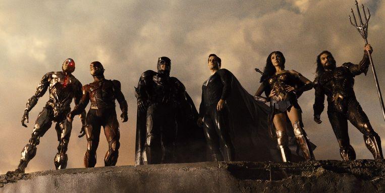 De superheldenploeg van 'Justice League', van links naar rechts: Cyborg (Ray Fisher), The Flash (Ezra Miller), Batman (Ben Affleck), Superman (Henry Cavill), Wonder Woman (Gal Gadot) en Aquaman (Jason Momoa). Beeld Warner Bros.