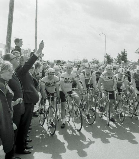 Toen de Amstel Gold Race in de Helmondse Churchilllaan startte; met Eddy Merckx, Jacques Anquetil en 'De Vleut'
