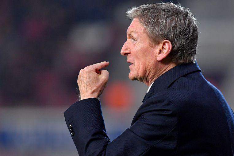 Francky Dury, al negentien jaar actief als trainer in de hoogste klasse, wordt als Belgische coach stilaan een uitzondering. Beeld BELGA