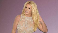 Neem een kijkje in de extreem georganiseerde kleerkast van Britney Spears