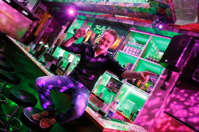 Jaap Harder in zijn café Flashback (archieffoto).