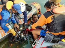 Un bateau surchargé chavire à cause d'un selfie en Indonésie, au moins 7 morts