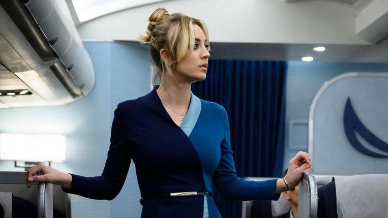 Kaley Cuoco in 'The Flight Attendant'. Beeld RV