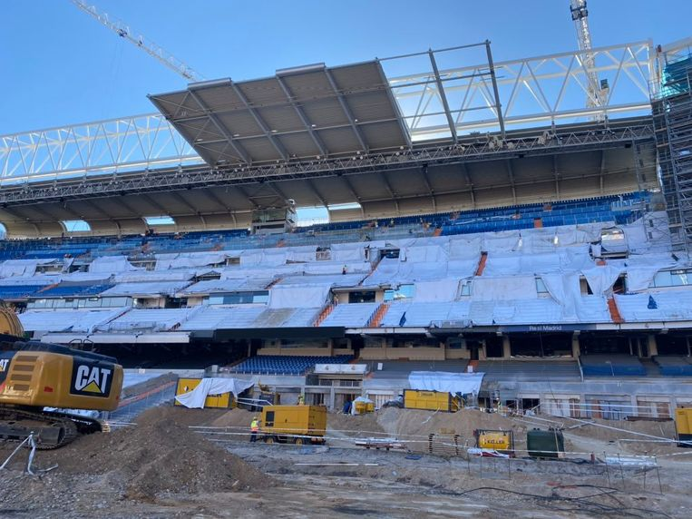 Het Bernabeu-stadion is op dit moment ook onherkenbaar.
