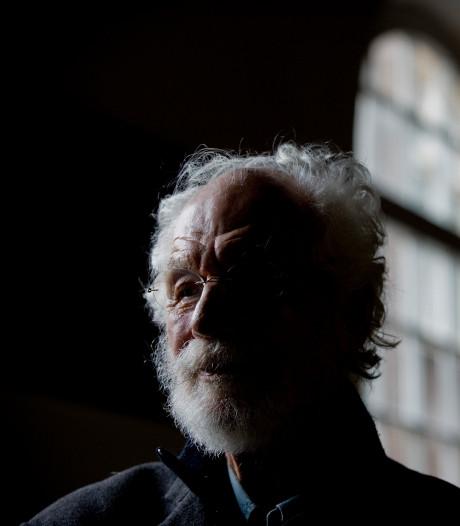 Willem (91) werd door een handige verkoper verteld dat KPN ermee stopt: 'Heb er slapeloze nachten van gehad'