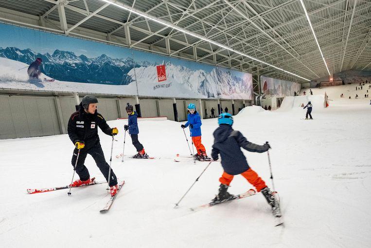 Voor Xander was het de eerste keer dat hij les gaf aan jonge skiërs .