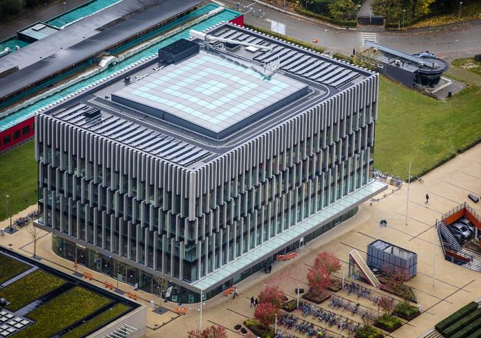 Het Polak gebouw van de Erasmus Universiteit dat is gesloten vanwege twijfels aan de veiligheid van de vloeren.
