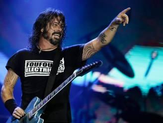 """Antivaxers protesteren bij eerste post-coronashow Foo Fighters: """"Wij blijven spelen tot ze de politie bellen"""""""