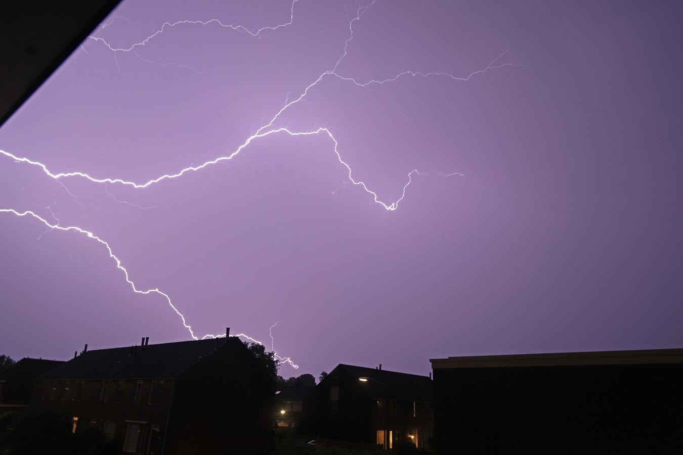 Komend weekend is er lokaal kans op een onweersbui.