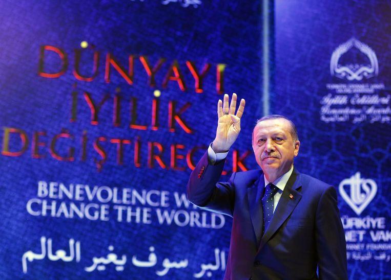 Komt de Turkse president Recep Tayyip Erdogan naar België? Niets ligt vast, zo stelt de Unie van Europese Democratische Turken, maar er kan zeker nog een grote verkiezingsmeeting plaatsvinden. Beeld EPA