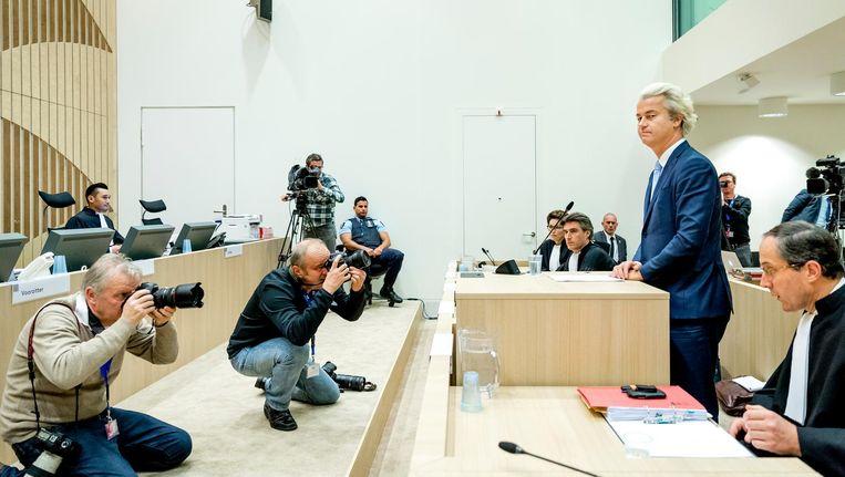 Wilders' 'laatste woord' in de rechtszaal plus zijn commentaar op zijn veroordeling ('Onbetrouwbaar, onprofessioneel, politiek gedreven. Zij staan aan de verkeerde kant van de geschiedenis. Alledrie') waren het sterkste staaltje staatsrechtelijk spelbederf van 2016. Beeld anp