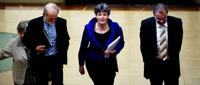 Louise Gunning-Schepers (M) arriveert op het Stadhuis in Amsterdam voorafgaand aan de presentatie van het onderzoeksrapport. Beeld anp