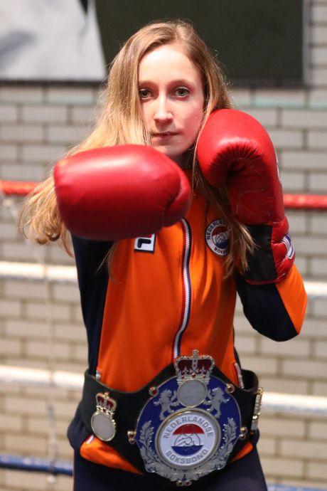 Bokser Mira Massing wint internationaal toernooi in Denemarken: 'Ik kijk nu enorm uit naar het NK'