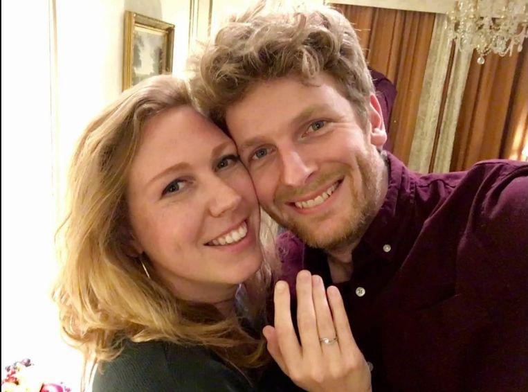 Lise en Sander tijdens hun verloving vorig jaar in het Metropole Hotel in Brussel. Beeld