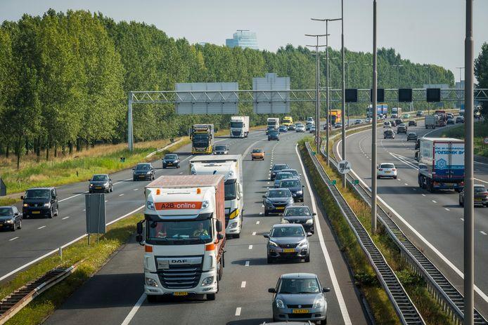 De schade aan de economie in Oost-Nederland, met name de regio's Zwolle en Deventer, is door de coronacrisis beperkt gebleven.