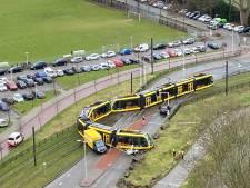 Tram Uithoflijn ontspoord bij stadion FC Utrecht: 'Een verschrikkelijk hard gedonder'