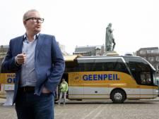 Jan Roos met GeenPeil-bus weggestuurd bij Binnenhof