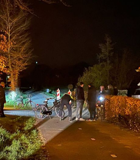 'Fietsers zonder licht' botsen bij Zieuwent na ingaan avondklok