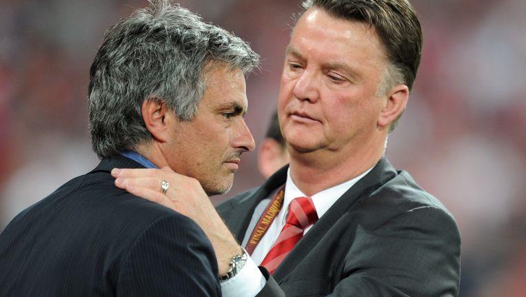 Mourinho en Van Gaal tijdens de Champions League finale in 2010. Beeld anp