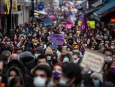 EU en VS roepen Turkije op vrouwenrechtenverdrag te behouden