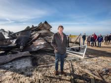 Een dag na verwoestende brand op Scheveningen: 'De Oase zal terugkeren'