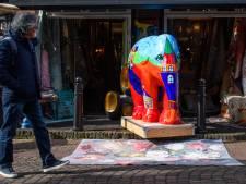 Baby-olifanten kleuren Ootmarsum: 'Eindelijk een mooi evenement dat wél door gaat'