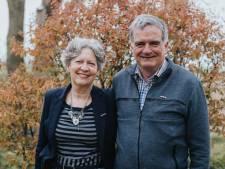 Cees en Corrie Machielsen speldden elkaar een lintje op: 'We waren totaal verrast'