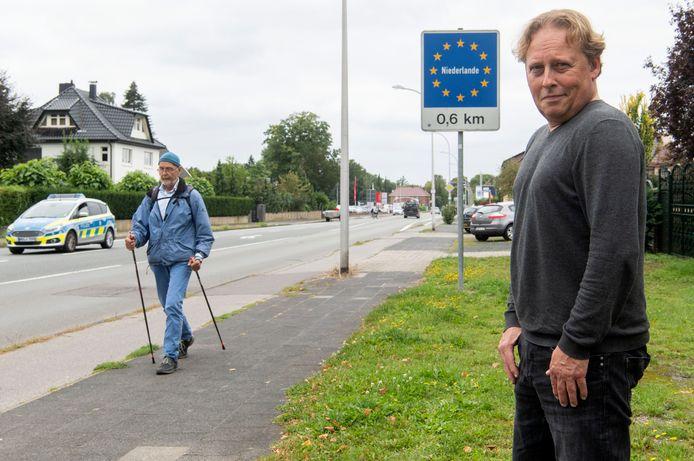 """De Tukker kan Nederland soms zelfs letterlijk horen. """"Zodra de kerklokken voor in Glanerbrug luiden, horen wij dat op zondagochtend."""""""
