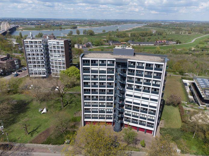 Flatgebouw aan Batavierenweg in Nijmegen dat volgens Zembla toch niet veilig zou zijn.