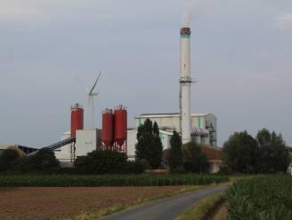 """Isolatiefabrikant Ursa belooft geurhinder verder terug te dringen: """"We pakken het probleem aan bij de bron, en dat zijn de ovens"""""""