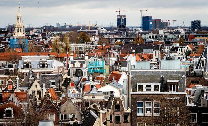 Amsterdam heeft te maken met een oververhitte woningmarkt.