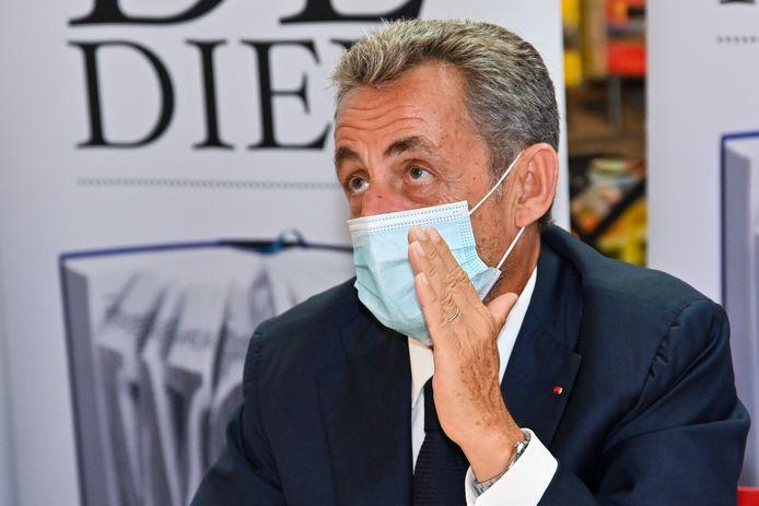 """Le 7 septembre dernier, l'ancien président français avait signé son nouveau livre """"Le Temps des Tempêtes"""" à la Bibliotheque Filigranes à Bruxelles."""
