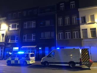 Bewoner appartement veroorzaakt kleine explosie met campingvuurtje