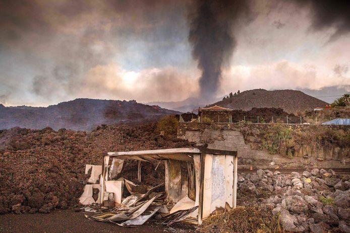 Meer evacuaties nodig op La Palma wegens nieuwe lavastroom.