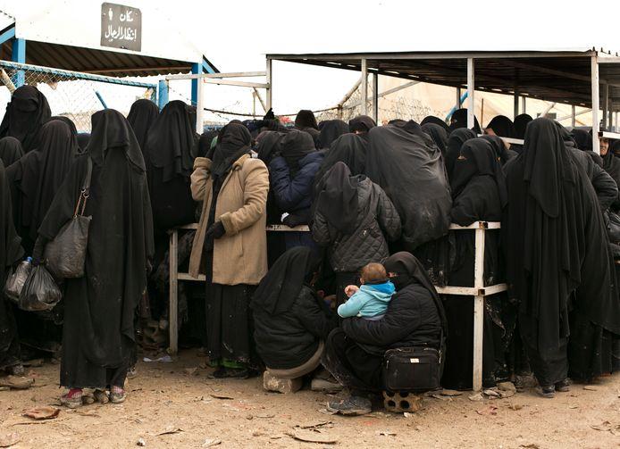 IS-vrouwen in vluchtelingenkamp Al-Hol in het uiterste noordoosten van Syrië.
