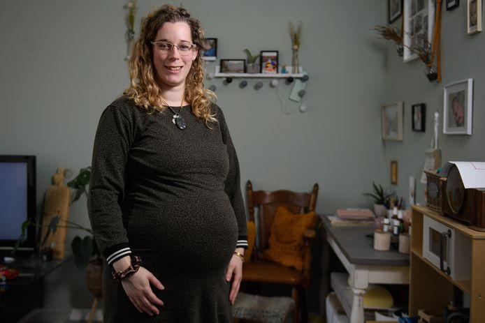 Shanna Hoekstra is ervaringsdeskundige. Zij had twee keer een depressie en is nu weer zwanger.