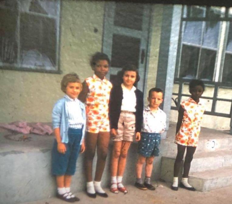 In de jaren vijftig was het in de VS nog niet gebruikelijk dat zwarte en blanke kinderen met elkaar speelden.