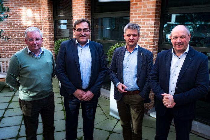 V.l.n.r.: dr. Raf Lippens, Dirk Vanstraelen, Roel Eerlingen, Eric Hendrix.