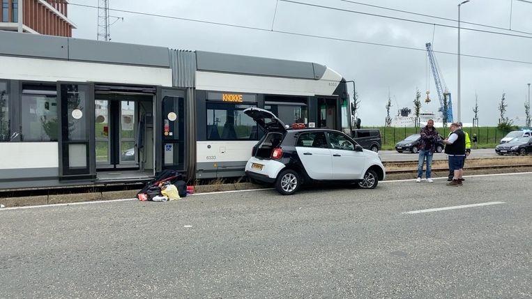Het ongeval met de kusttram gebeurde langs de Kustlaan: een Nederlands gezin raakte gewond.