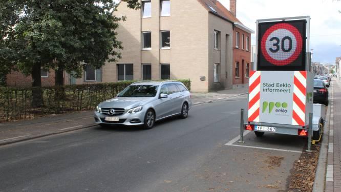 Drie dagen aanschuiven in Oostveldstraat: verkeer moet wachten aan tijdelijke verkeerslichten