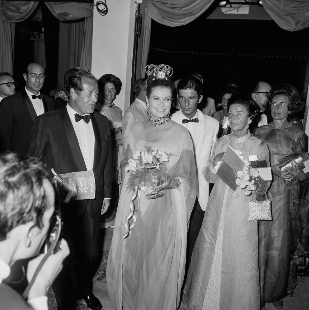 Prinses Grace van Monaco op een galadiner in 1968. Beeld Getty Images
