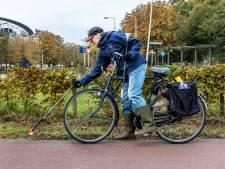Jan Jaap (74) maakt dagelijks rondje om zwerfafval op te ruimen: 'Sommigen steken hun duim op'