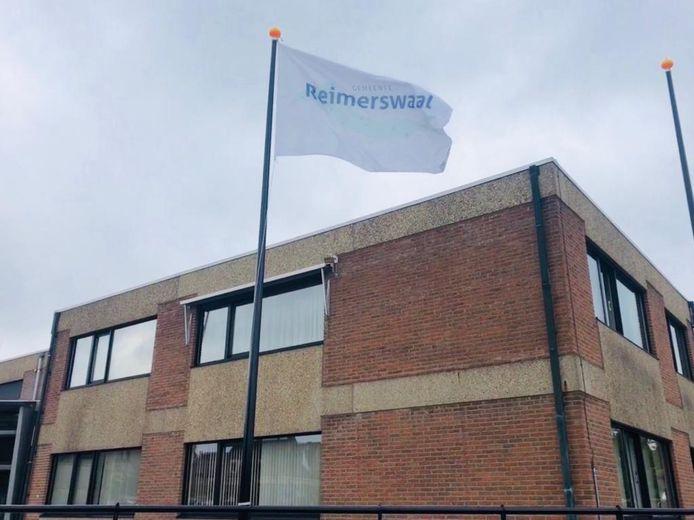 Het gemeentehuis van de gemeente Reimerswaal in Kruiningen.