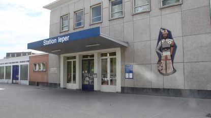 Man in levensgevaar na schermutseling met 'Carapilsbende' aan station in Ieper