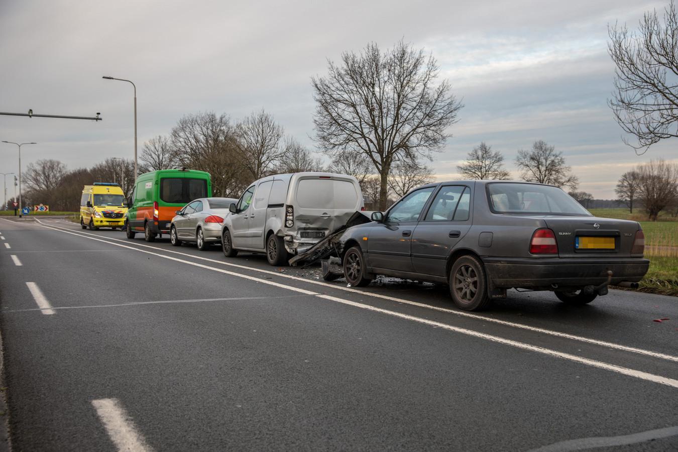 Bij het incident waren vier voertuigen betrokken.