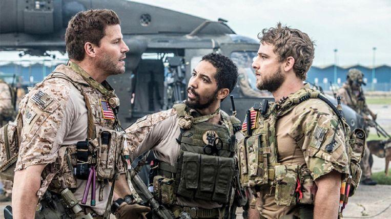 David Boreanaz (links) in 'SEAL Team'. Beeld Youtube/CBS