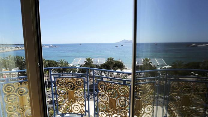 Vue d'une chambre de l'hôtel Martinez, l'un des palaces à accueillir les stars de Cannes.